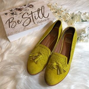 DV Dolce Vita Loafers Lime Green Suede, Size 9